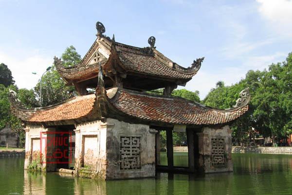 Nhà thủy đình cổ chùa Thầy