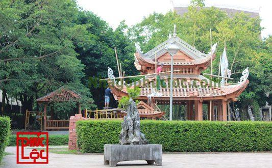 Nhà gỗ thủy đình bảo tàng dân tộc học Việt Nam