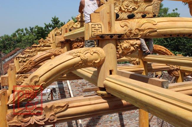 Lắp dựng nhà 5 gian gỗ mít