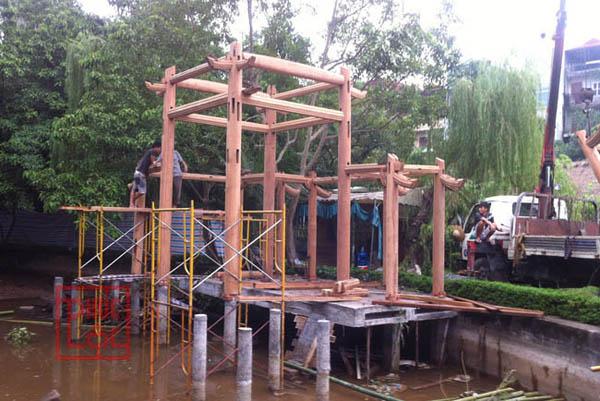 Lễ dựng nhà gỗ thủy đình