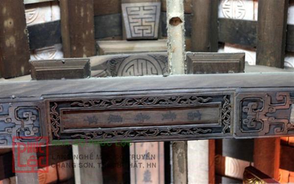 trạm khắc hoa văn cổ trên câu đầu