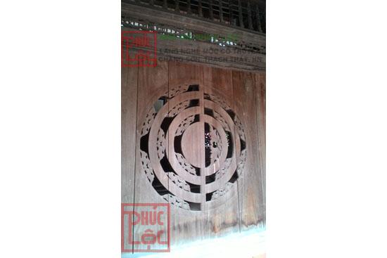 Chạm khắc hoa văn trên Nhà gỗ cổ truyền