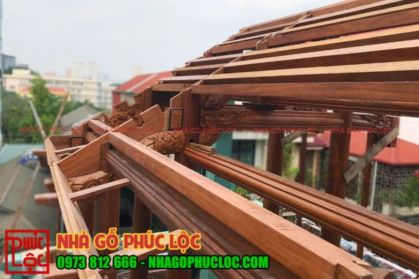 lắp dựng nhà gỗ lim 3 gian trên tầng 4