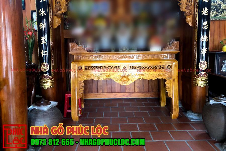 Hình ảnh án gian được điêu khắc tinh xảo của nhà gỗ 3 gian tại Hưng Yên