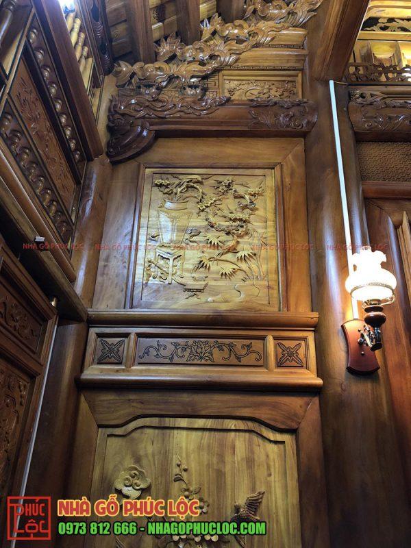 Hình ảnh hai bức lách của nhà gỗ 3 gian