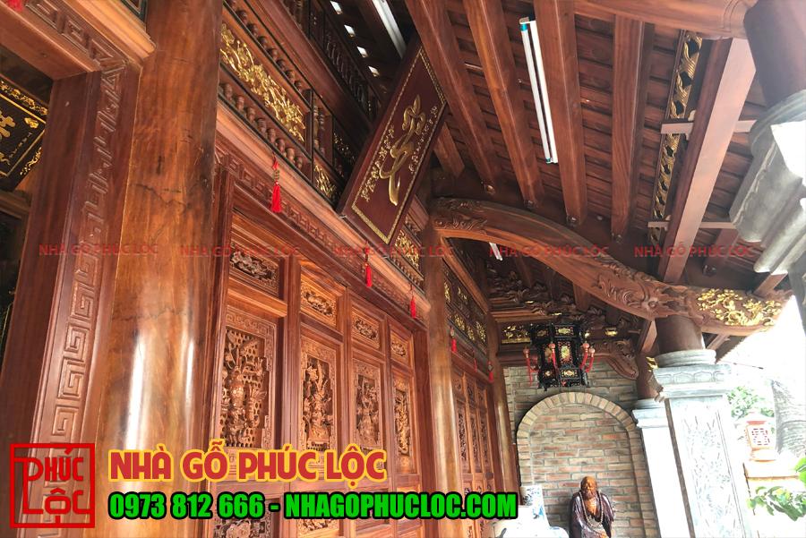 Cửa bức bàn nhà gỗ lim 3 gian