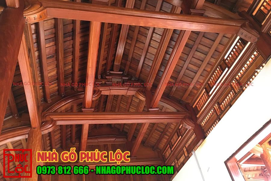 Các cấu kiện phía bên trong ngôi nhà gỗ cổ truyền