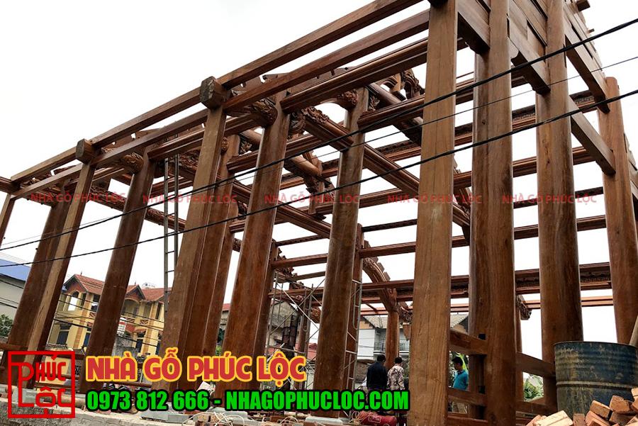 Hình ảnh cột nhà gỗ 5 gian Bắc Bộ