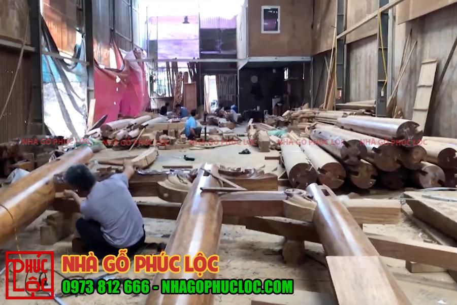 Toàn cảnh quá trình lắp dựng khung cột tại xưởng