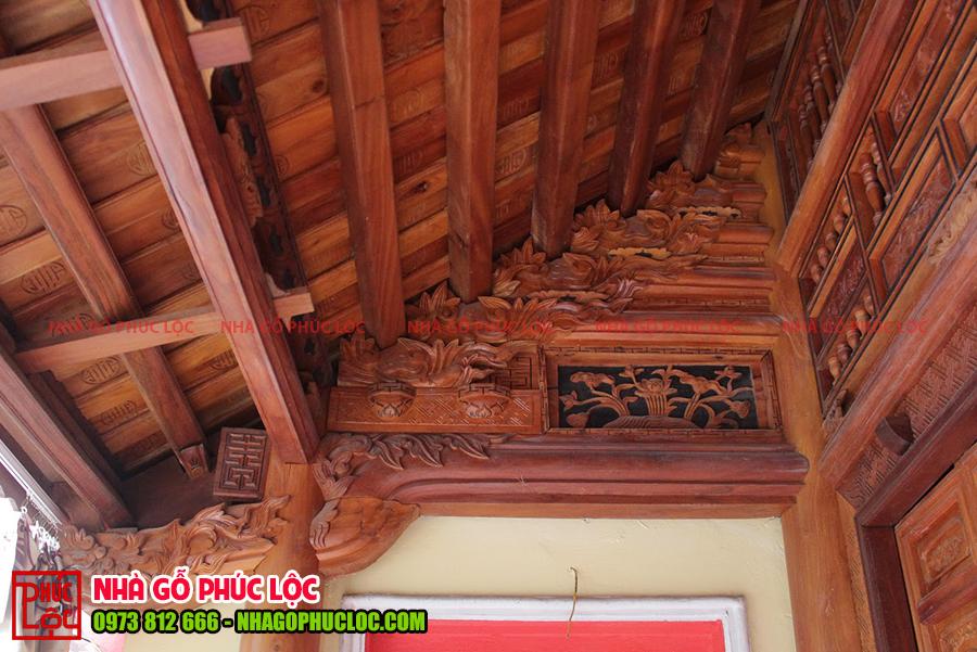 Hình ảnh con rường của nhà gỗ mít 5 gian cổ truyền