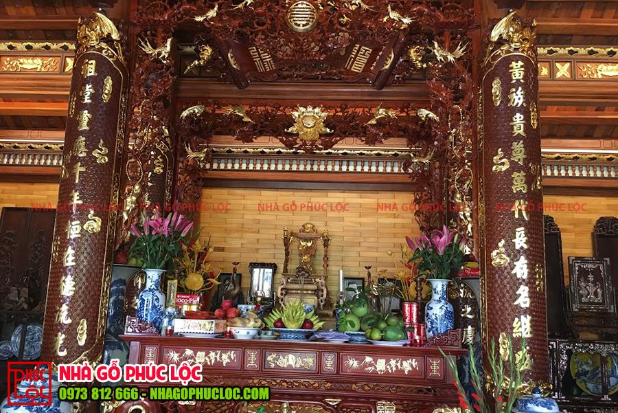 Mẫu bàn thờ của nhà gỗ truyền thống
