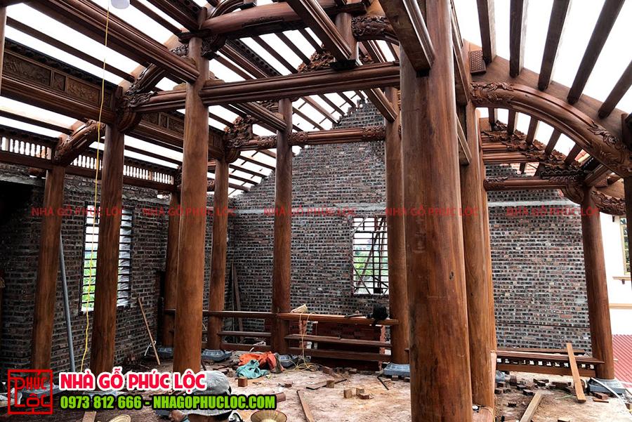 Hình ảnh lắp dựng nhà gỗ cổ truyền