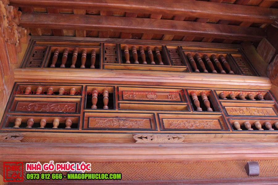 Phần khung song ô thoáng của nhà gỗ cổ truyền