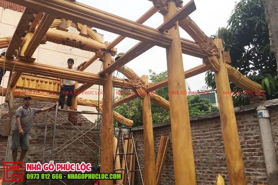 Hình ảnh quá trình lắp dựng nhà gỗ mít 5 gian