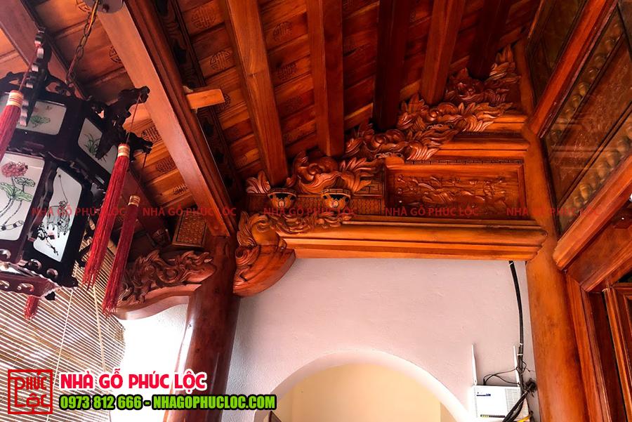 Con rường nhà gỗ lim cổ truyền