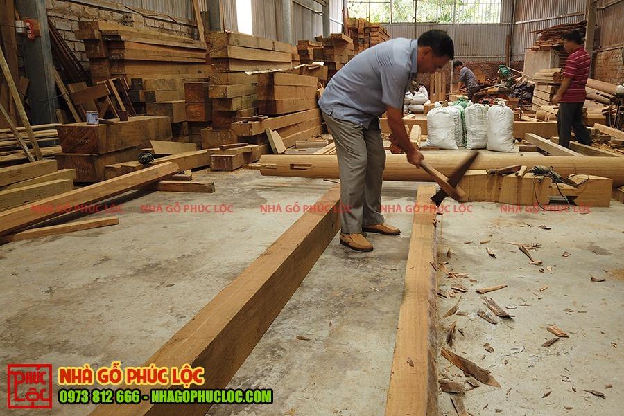 Hình ảnh phạt mộc để bắt đầu gia công nhà gỗ
