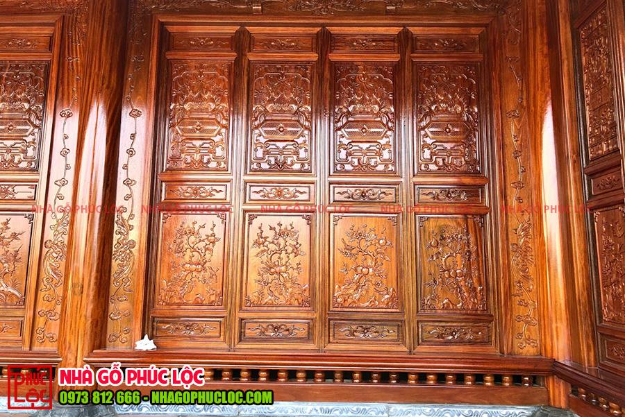 Cửa bức bàn của nhà gỗ 5 gian truyền thống