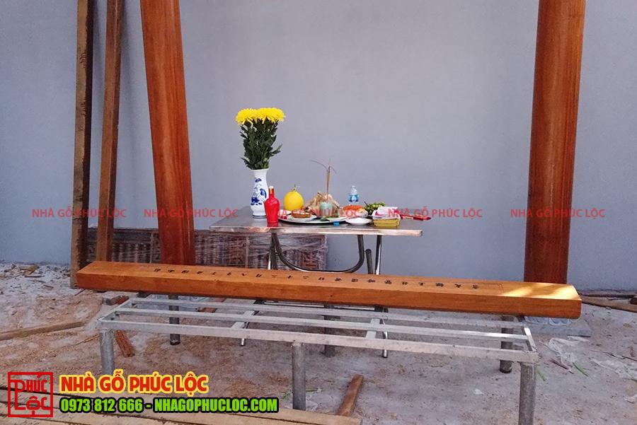 Mâm lễ cúng cất nóc nhà gỗ lim 3 gian tại Hải Dương
