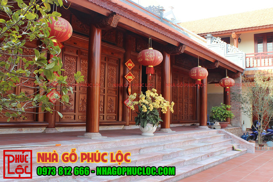 Tổng thể căn nhà gỗ lim 5 gian sân vườn đẹp