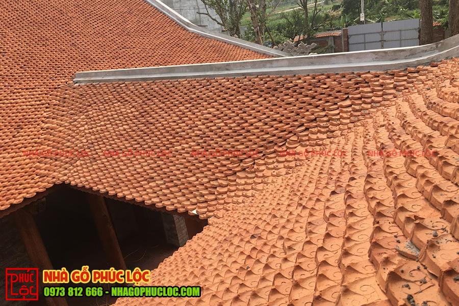 Phần mái ngói sau khi được hoàn thiện