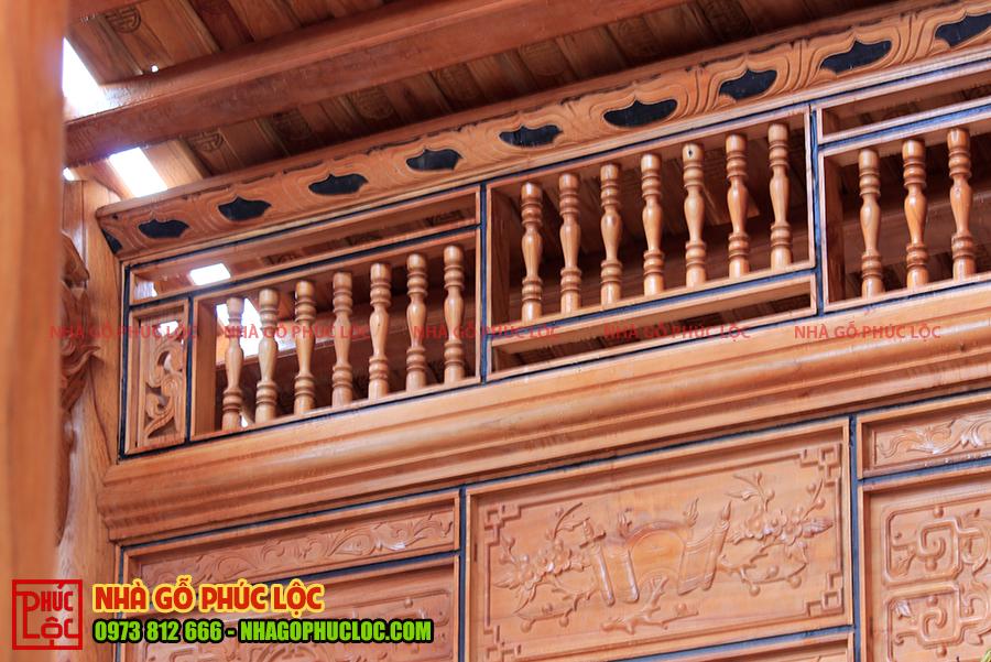 Phần khung song ô thoáng của nhà gỗ xoan