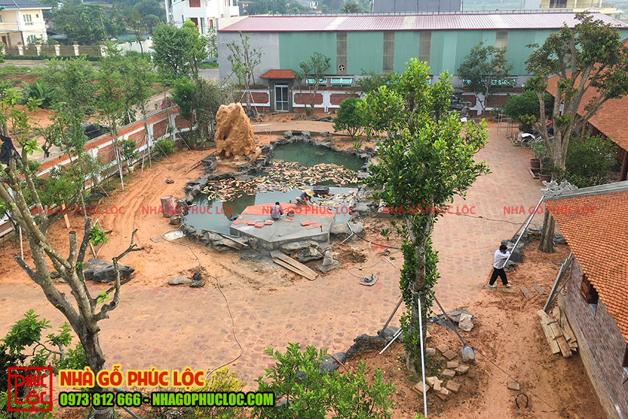 Toàn cảnh thi công sân vườn nhà gỗ