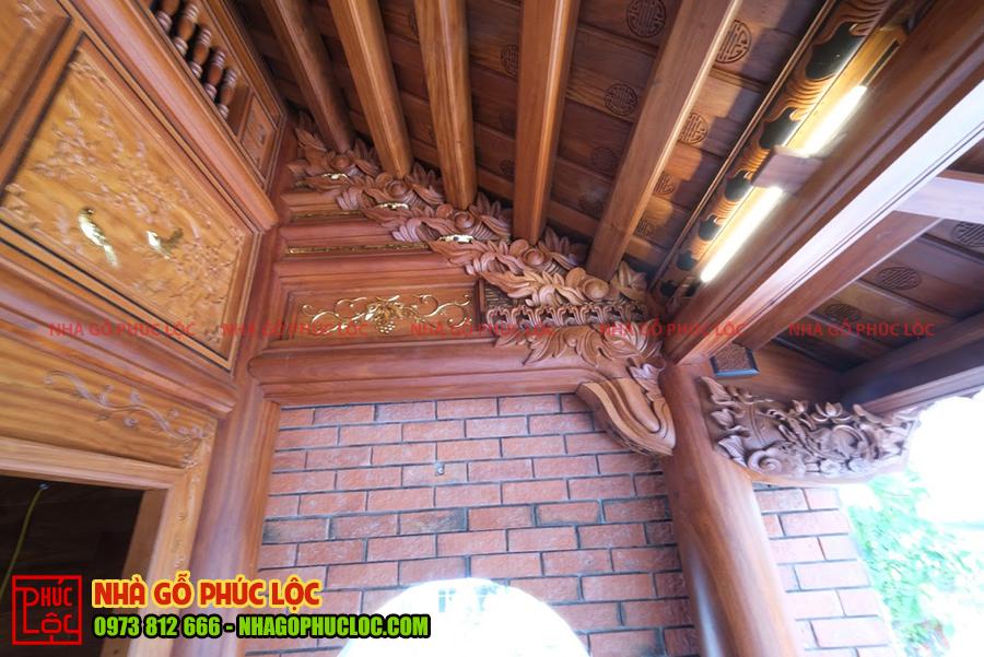 Phần vì đốc hiên của nhà gỗ cổ truyền