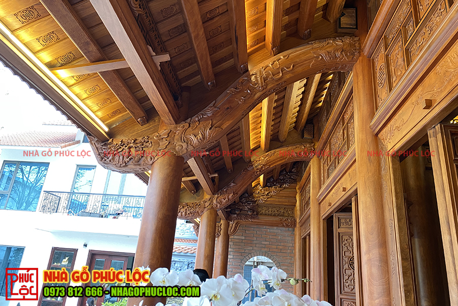 Phần hiên nhà gỗ lim lào 5 gian
