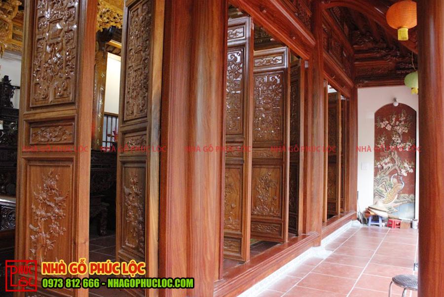 Phần hiên nhà gỗ