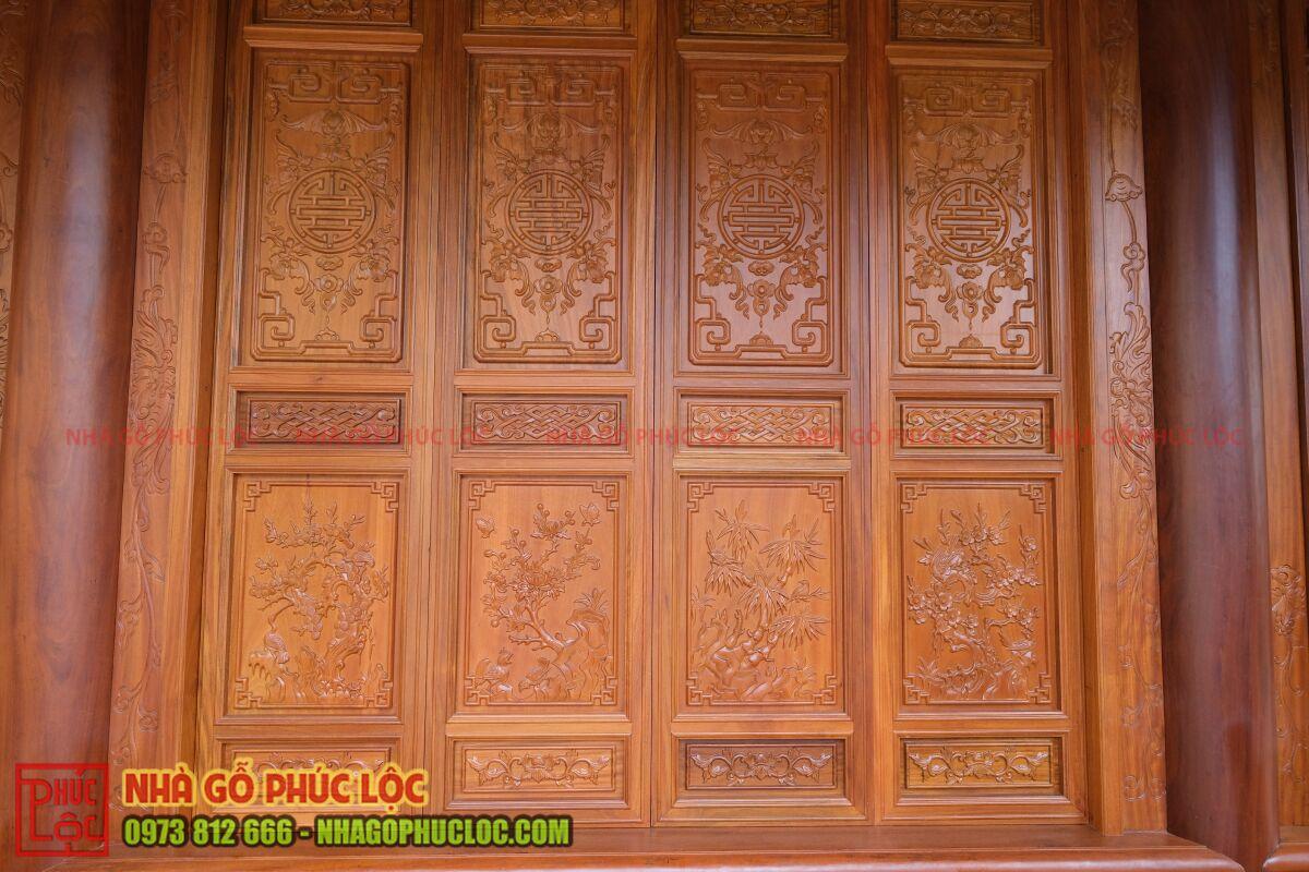 Cửa bức bàn nhà gỗ