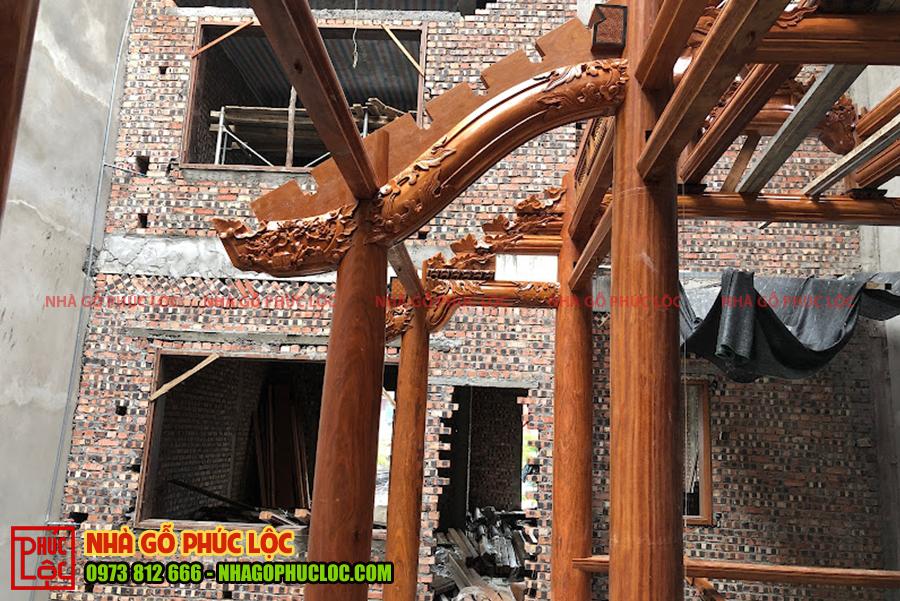 Lắp dựng nhà gỗ 3 gian